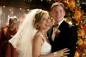 8-10-bride-promotional-photos-smallville-2813848-1450-967