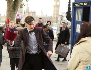 Doctor Who - Episode 7.07 - The Bells of St John - Full Set of Promotional Photos (9)_FULL