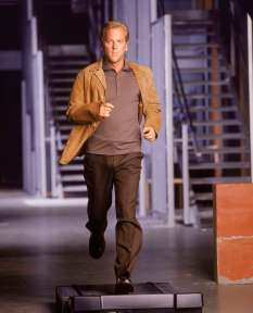 Jack-Bauer-Season-1-24-12441998-2070-2560