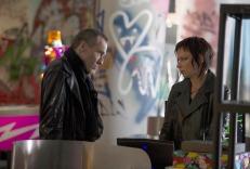 Michael-Wincott-Adrian-Cross-Mary-Lynn-Rajskub-Chloe-24-Live-Another-Day-Episode-5