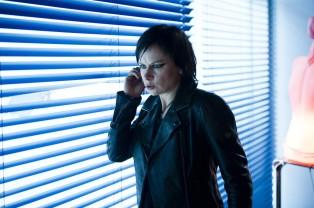 Mary-Lynn-Rajskub-Chloe-OBrian-24-Live-Another-Day-Episode-7-1024x681