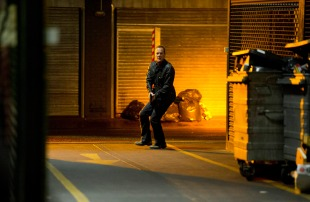 Kiefer-Sutherland-Jack-Bauer-chasing-24-Live-Another-Day-Episode-10